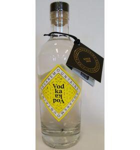 SquareMountains Vodka 0,70LTR